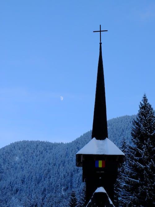 Безкоштовне стокове фото на тему «#minimalism #snow #cold #religion #church»