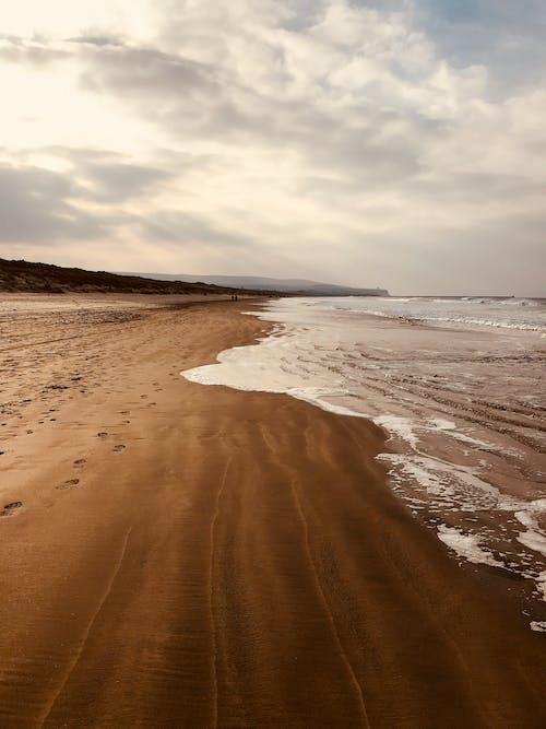 Fotobanka sbezplatnými fotkami na tému breh, deň, krajina pri mori, morský breh