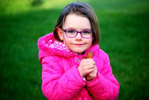 人, 兒童, 公園, 大衣 的 免费素材照片