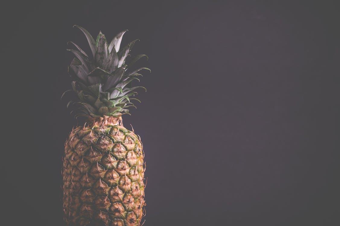 ananás, čerstvosť, čerstvý