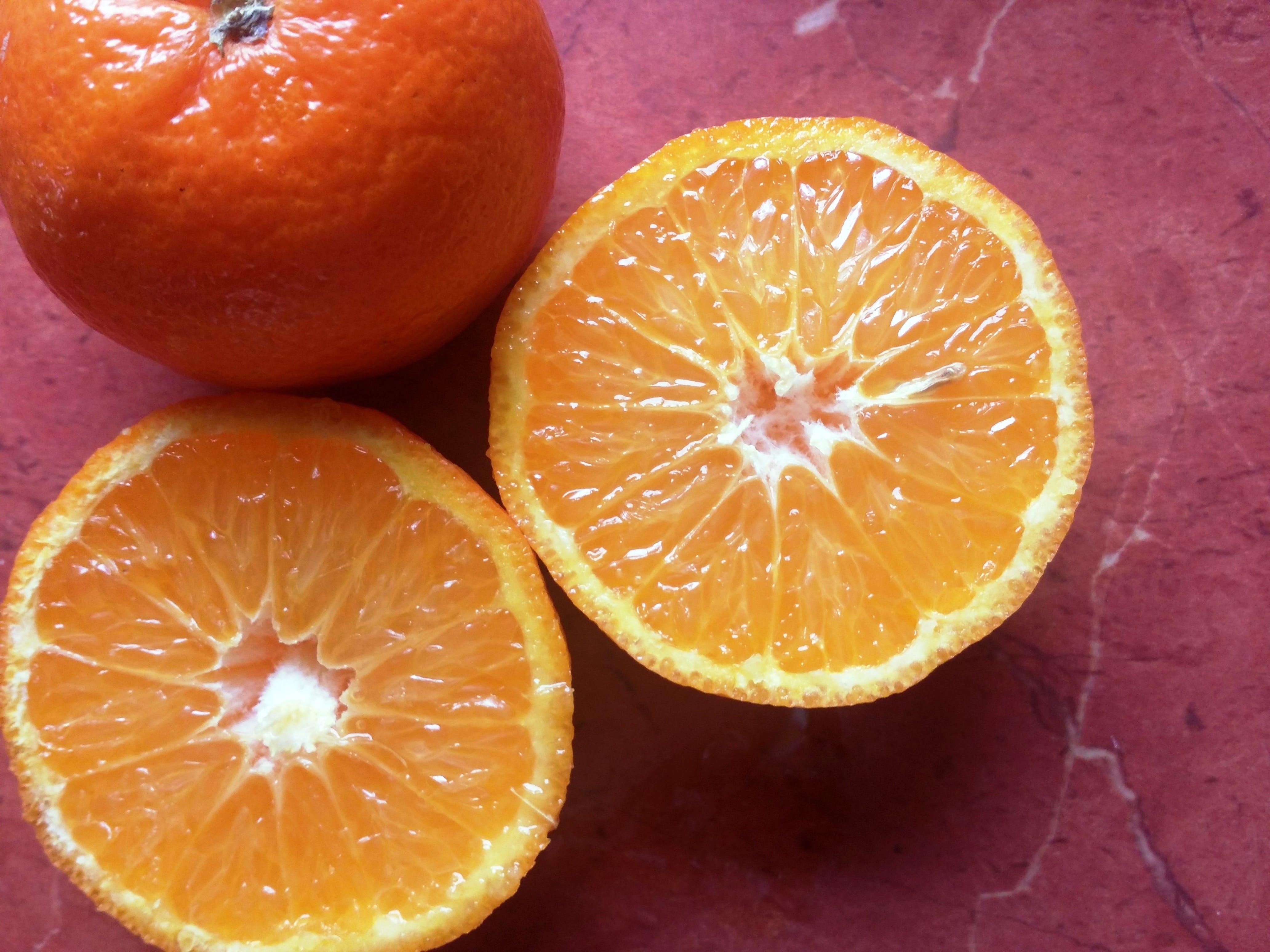 Бесплатное стоковое фото с апельсиновый сок, апельсины, свежий овощ