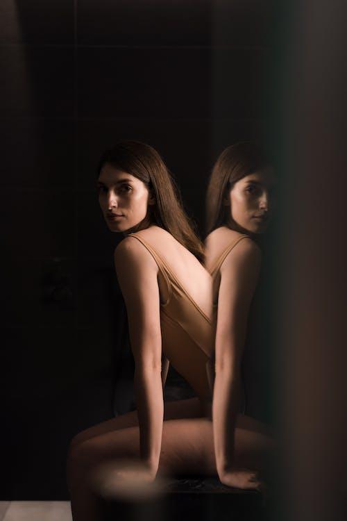 Základová fotografie zdarma na téma brunetka, erotický, hezký