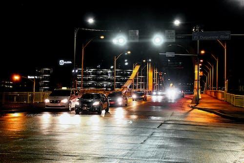 Δωρεάν στοκ φωτογραφιών με αυτοκίνητα, γέφυρα, δρόμος, Νύχτα