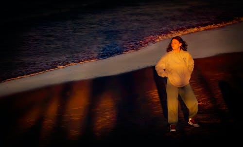 Kostnadsfri bild av flicka, gata, gryning
