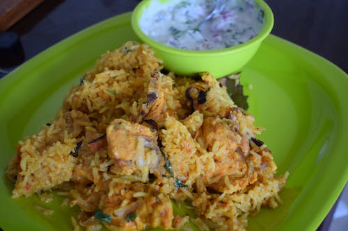 Free stock photo of Chicken Biriyani with Onion Raita