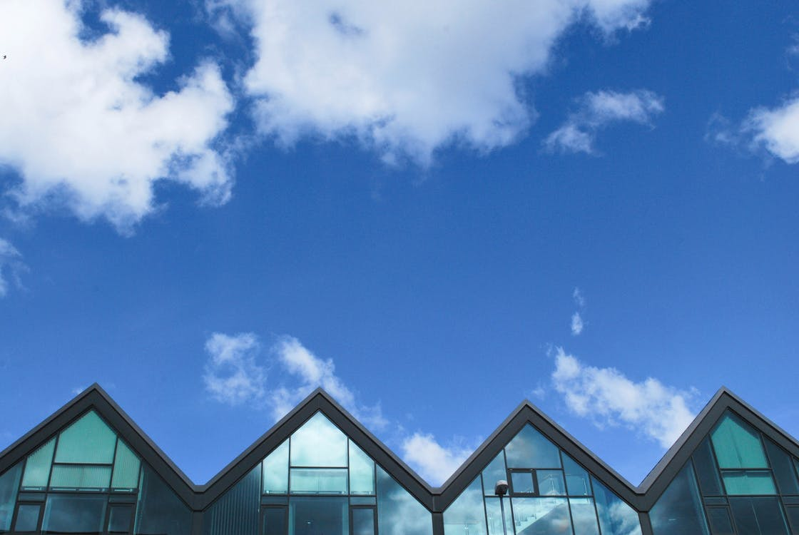 ท้องฟ้า, สถาปัตยกรรม, หลังคา