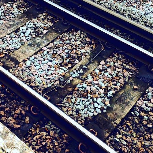 Kostnadsfri bild av grus, järn, järnväg, järnvägslinje