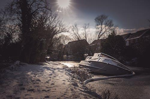 Gratis arkivbilde med årstid, båt, forkjølelse, frosset