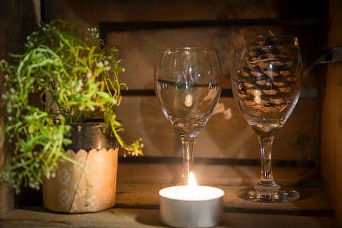 Foto stok gratis cahaya lilin, cangkir kristal, lilin