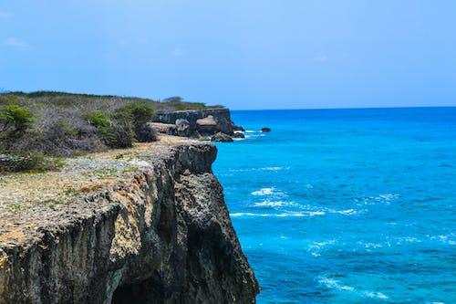 Бесплатное стоковое фото с вода, волна, горизонт, дневной свет
