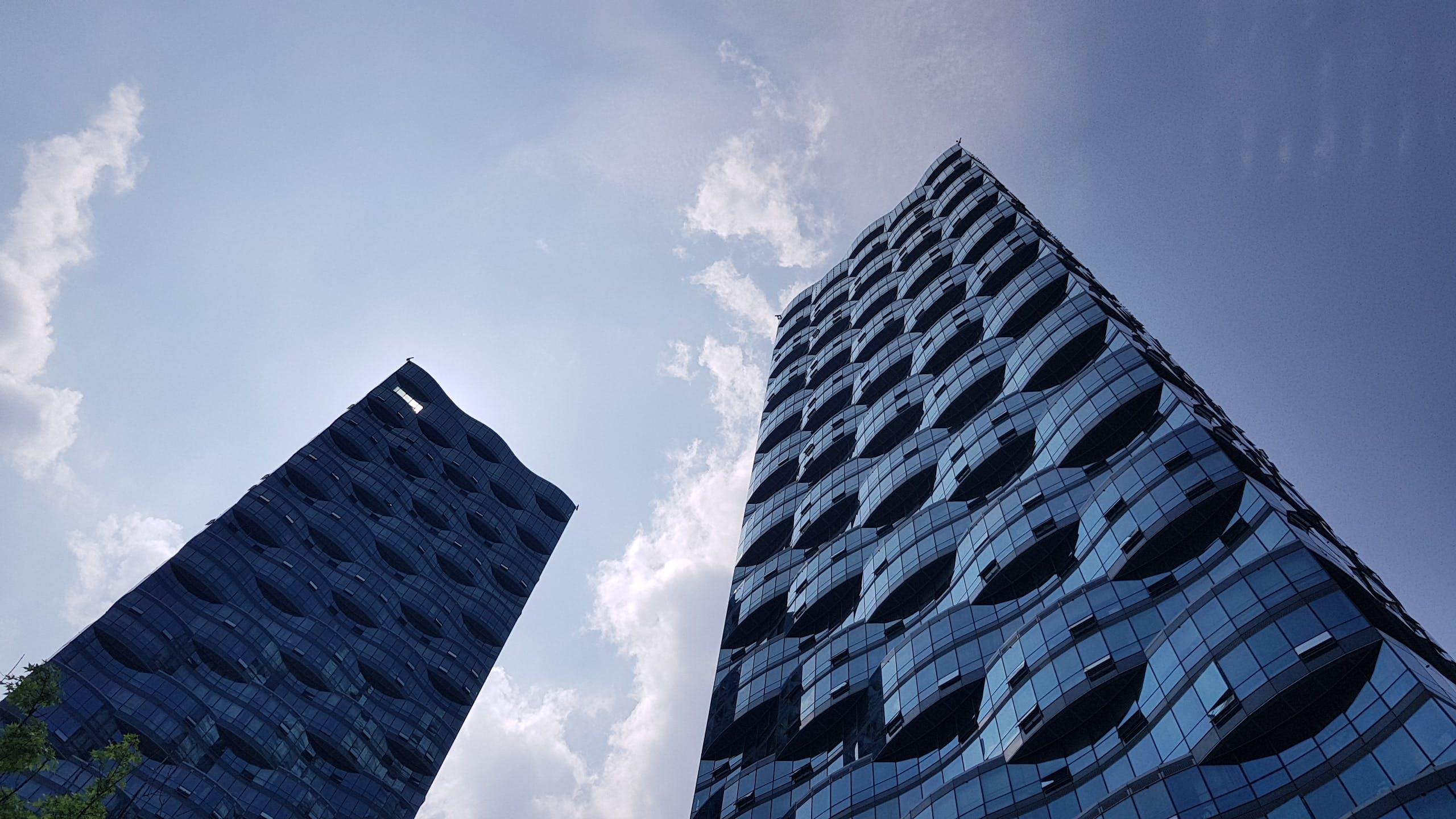 Kostenloses Stock Foto zu architektur, architekturdesign, aufnahme von unten, futuristisch