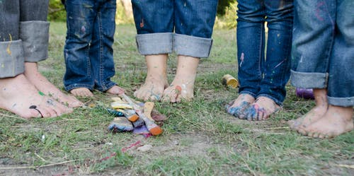Free stock photo of family, family pictures, feet, kids