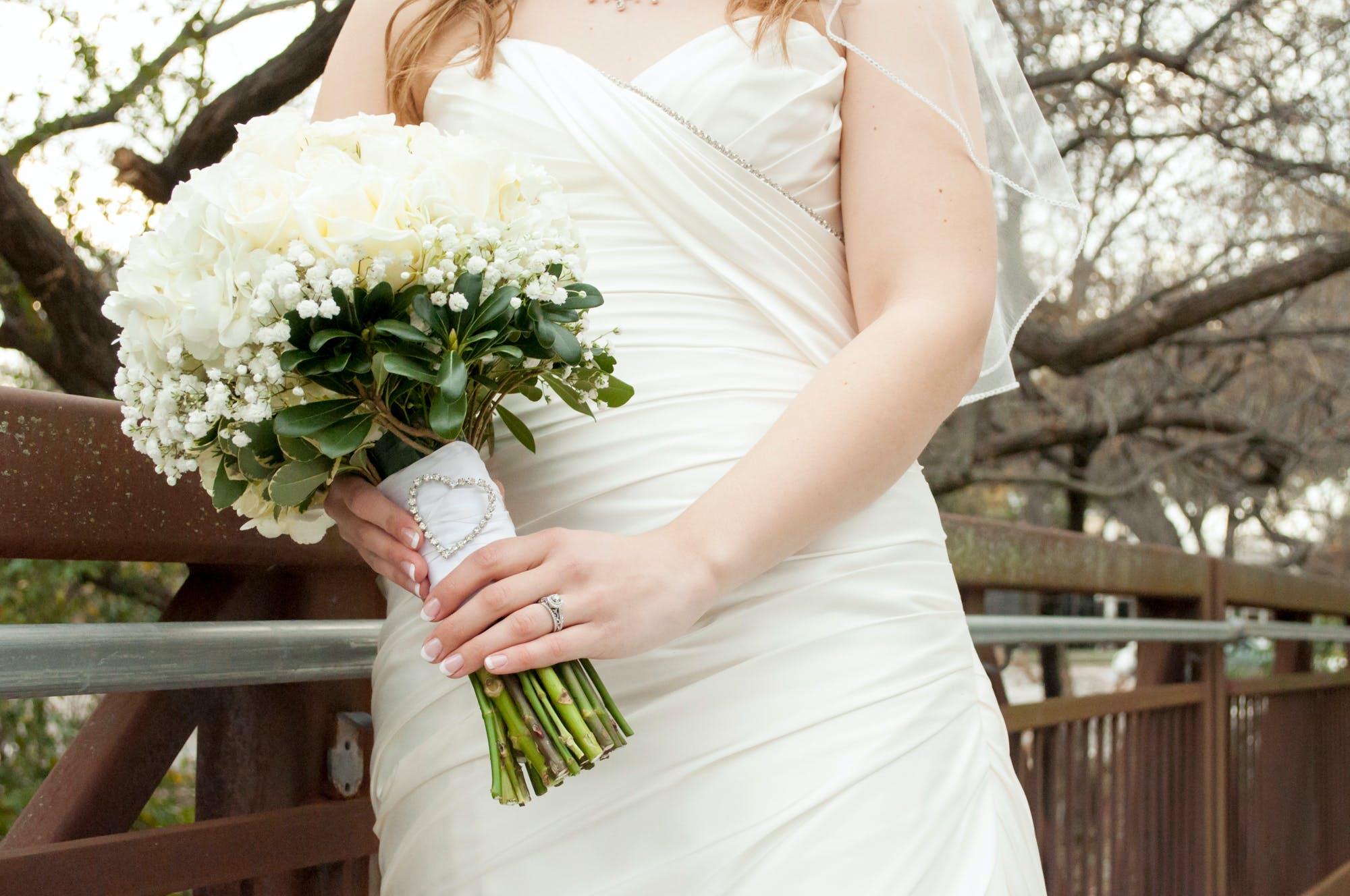 꽃, 다리, 부케, 손의 무료 스톡 사진