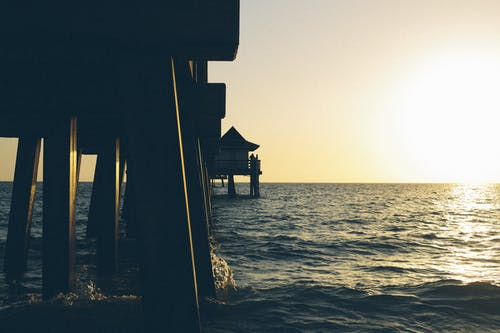 Gratis lagerfoto af badebro, hav, kyst, solnedgang