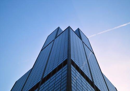 建築低角度攝影