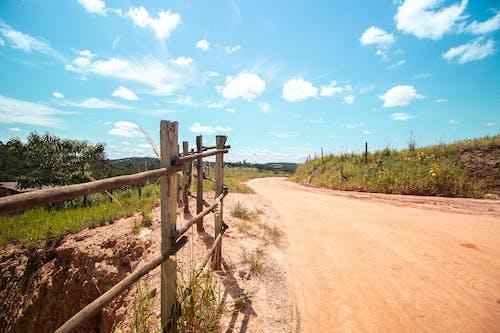 Foto d'estoc gratuïta de a l'aire lliure, camí de carro, camí de terra