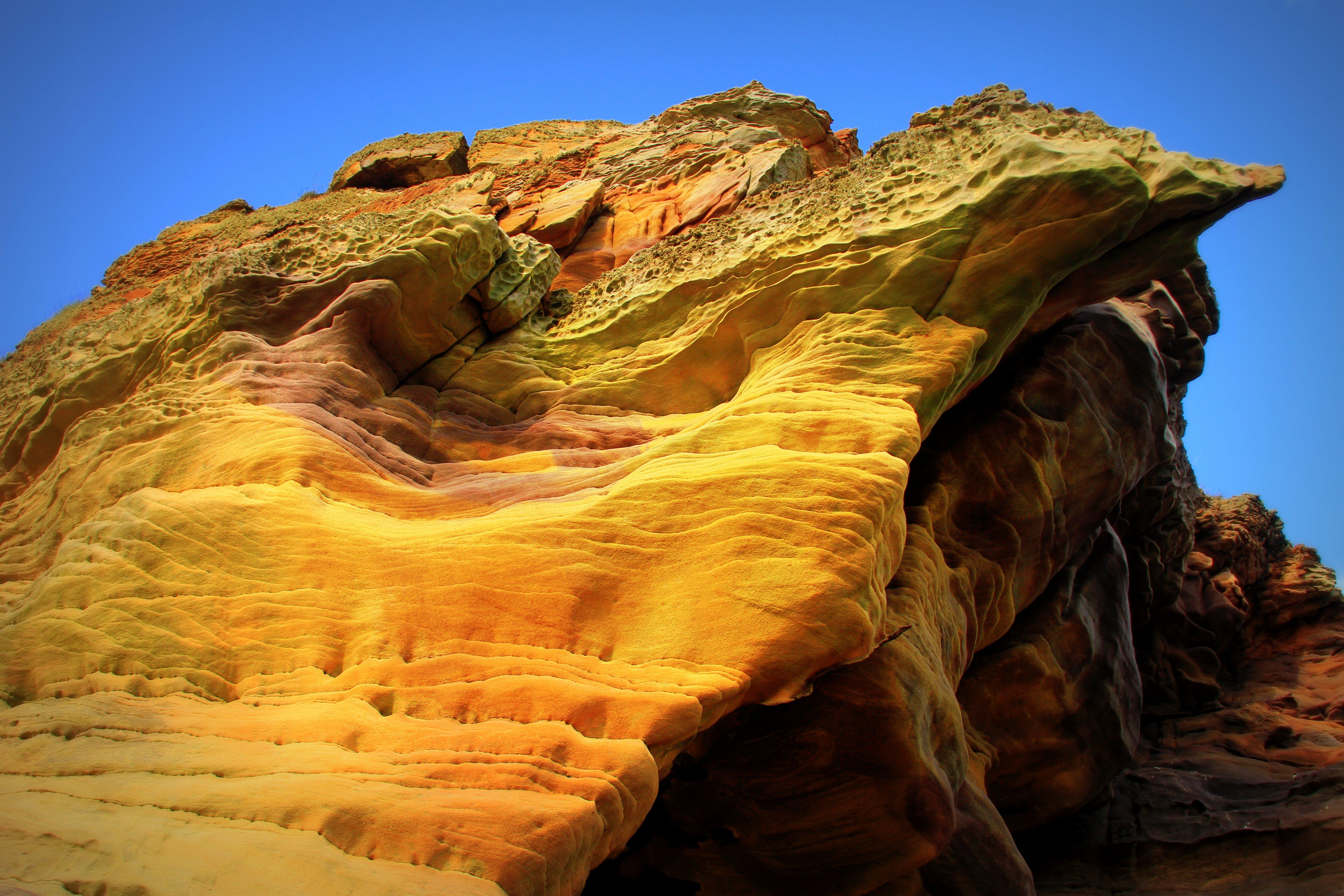 Kostenloses Stock Foto zu bemerkenswerte felsen, die höhlen, herrliche felsen, küste