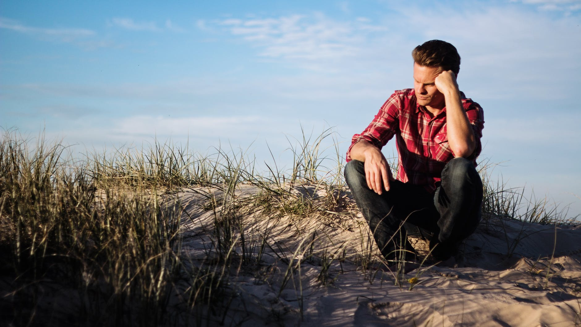 Essential Tips to Overcome the Depression Naturally