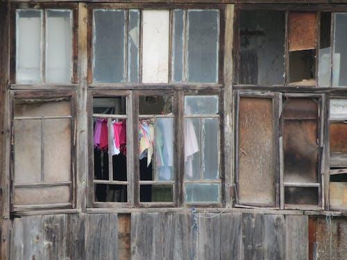 คลังภาพถ่ายฟรี ของ ความยากจน, หน้าต่าง, หน้าต่างไม้, ไม้