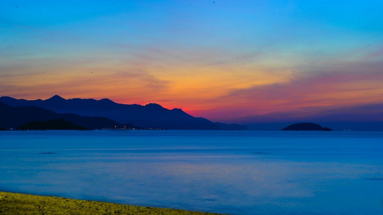 akşam, dağlar, deniz