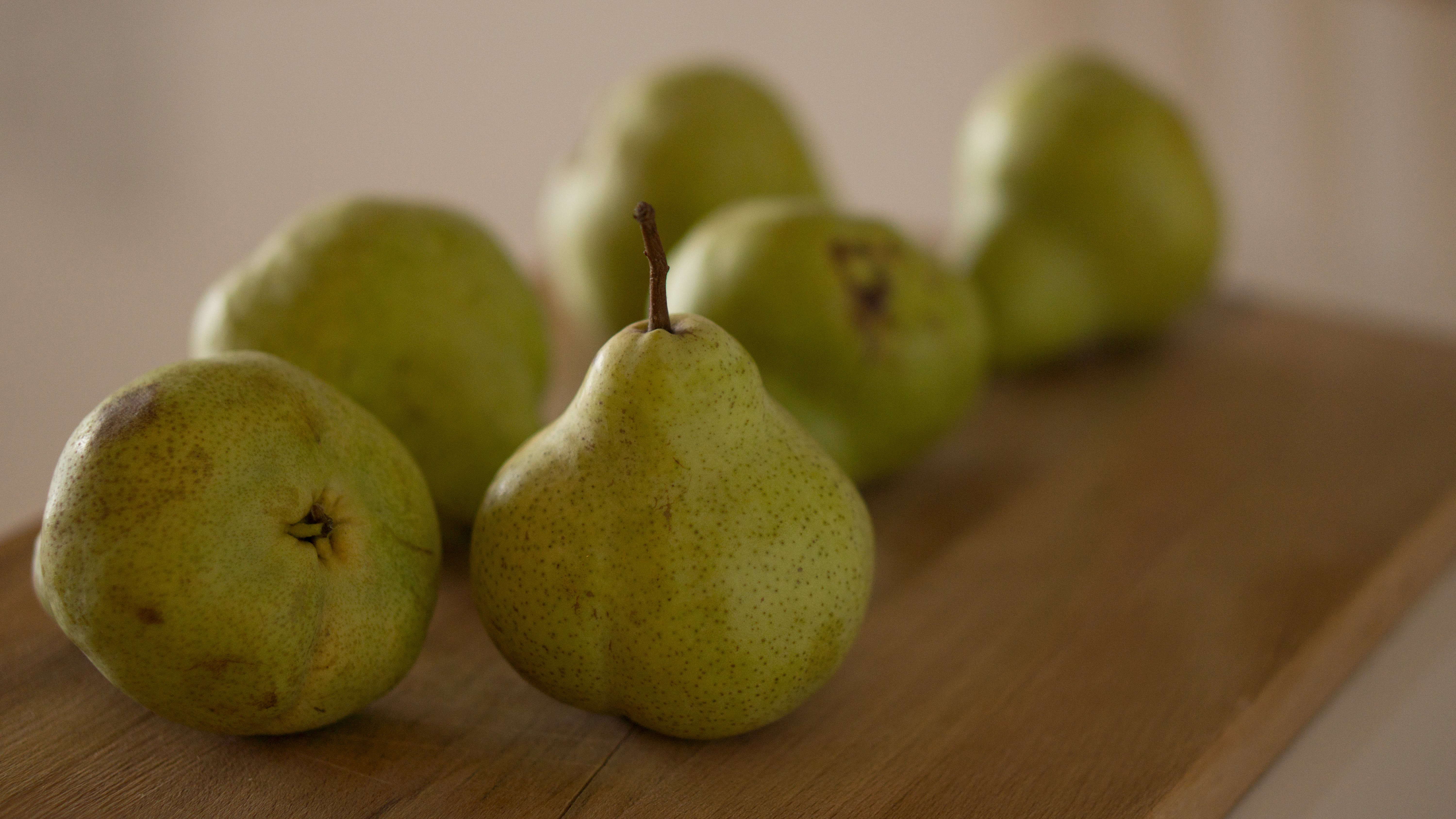 Free stock photo of pears, table, wooden board