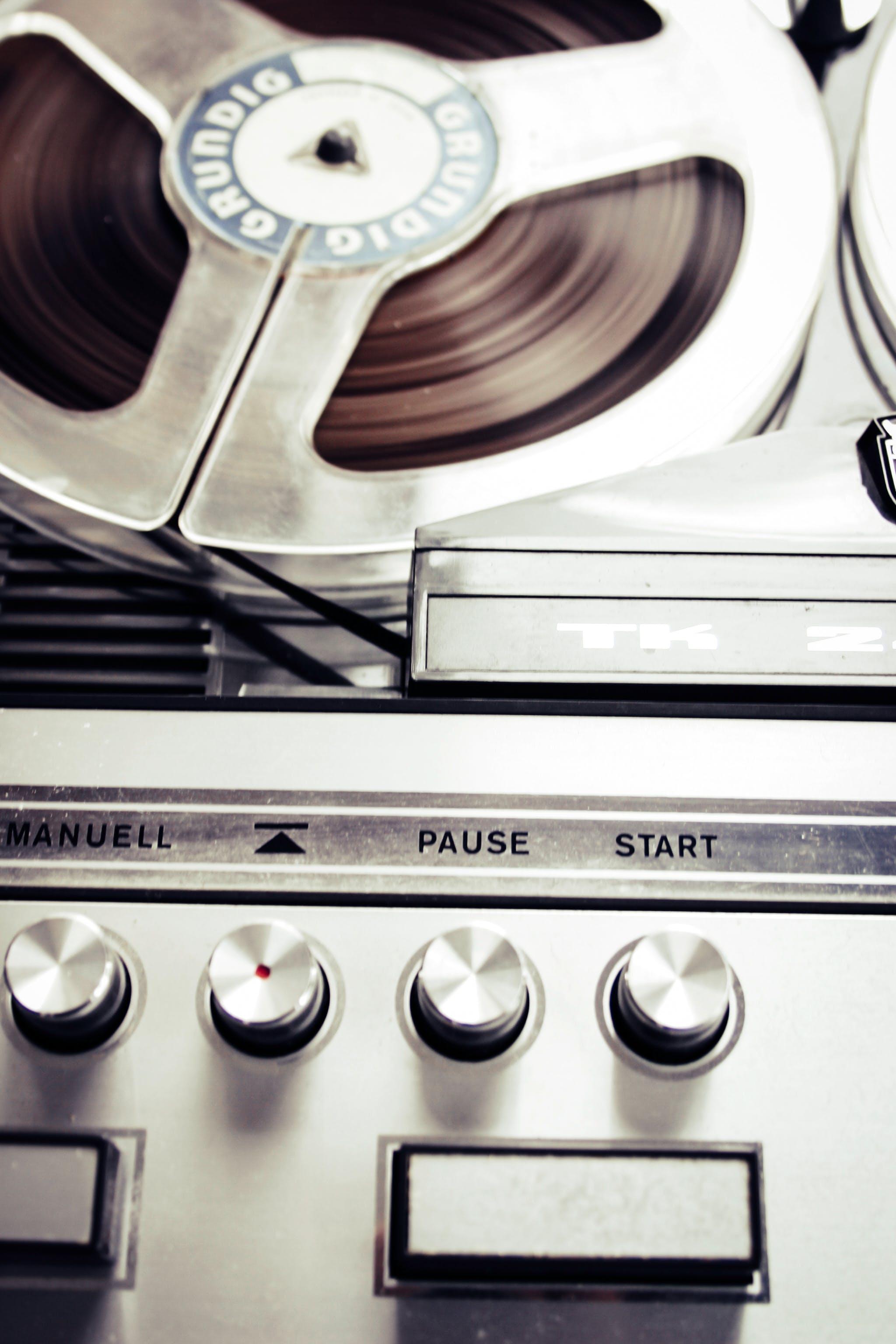 Kostenloses Stock Foto zu klang, plattenspieler, recorder, retro