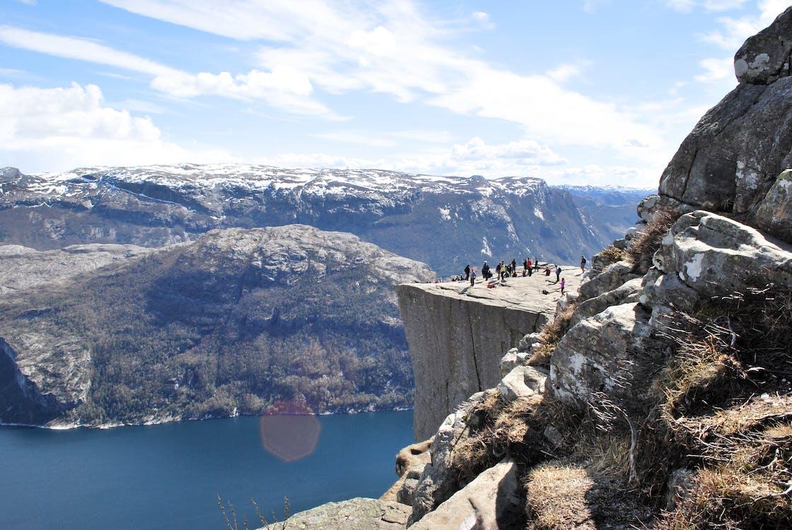 atracció turística, gent, muntanyes