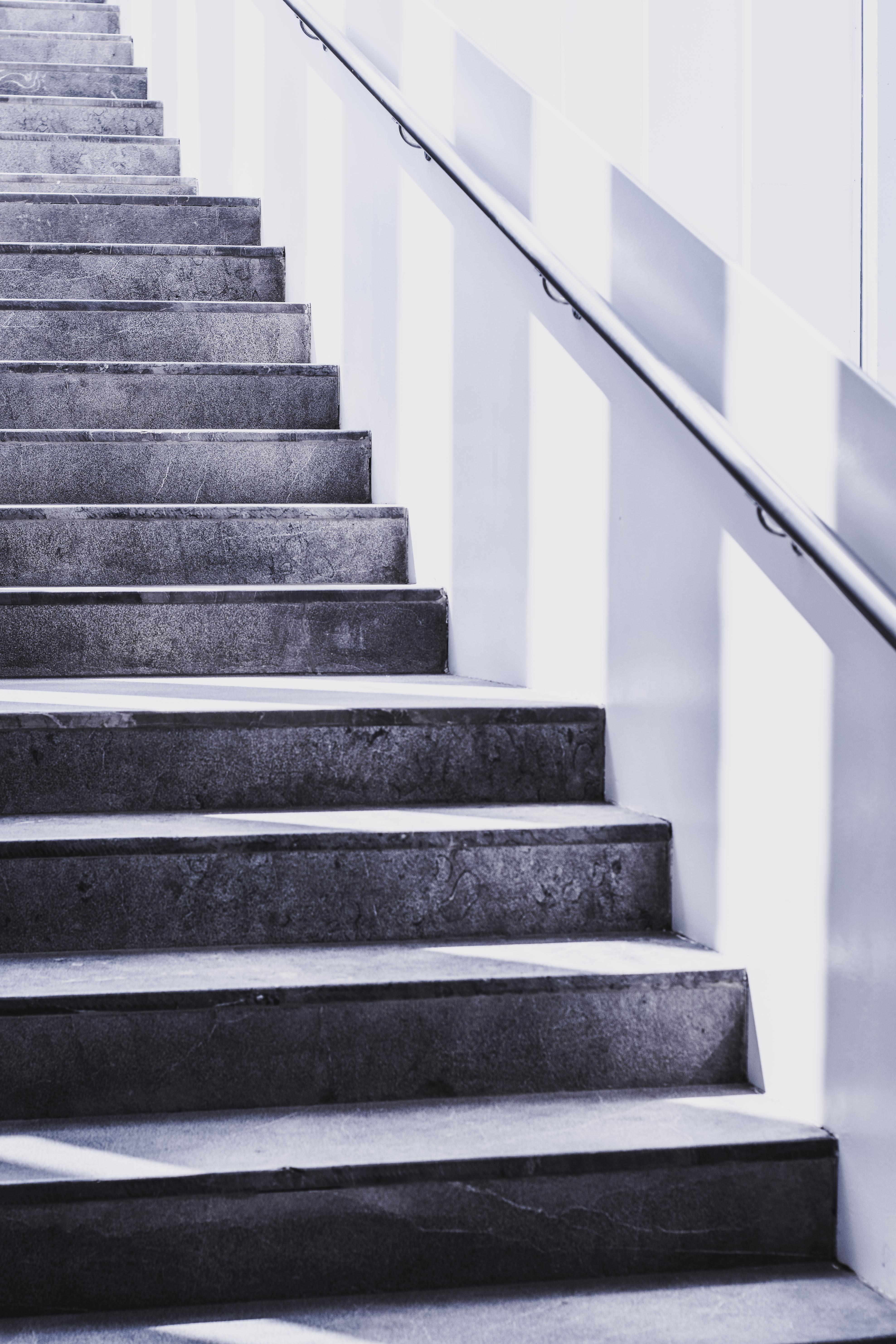 1000+ Amazing Stairs Photos · Pexels · Free Stock Photos