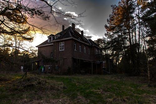 Photos gratuites de abandonné, bâtiment abandonné, Maison de campagne