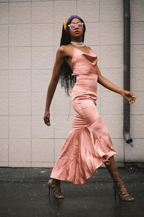 Immagine gratuita di abito, adulto, alla moda, bellissimo