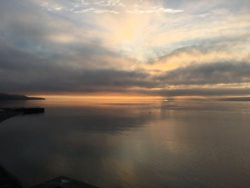 Gratis lagerfoto af hav, overskyet, puget lyd, skyer