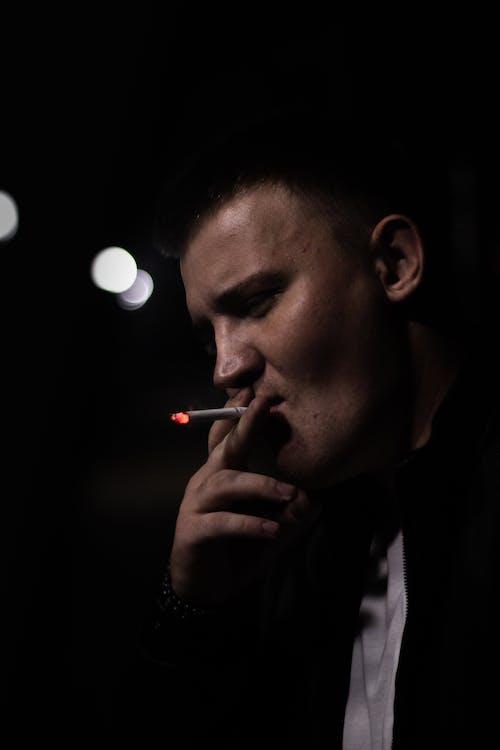 남자, 담배, 담배를 피우는의 무료 스톡 사진