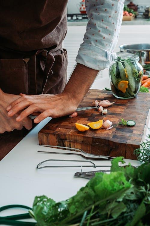 Foto stok gratis bahan, chef, dalam ruangan