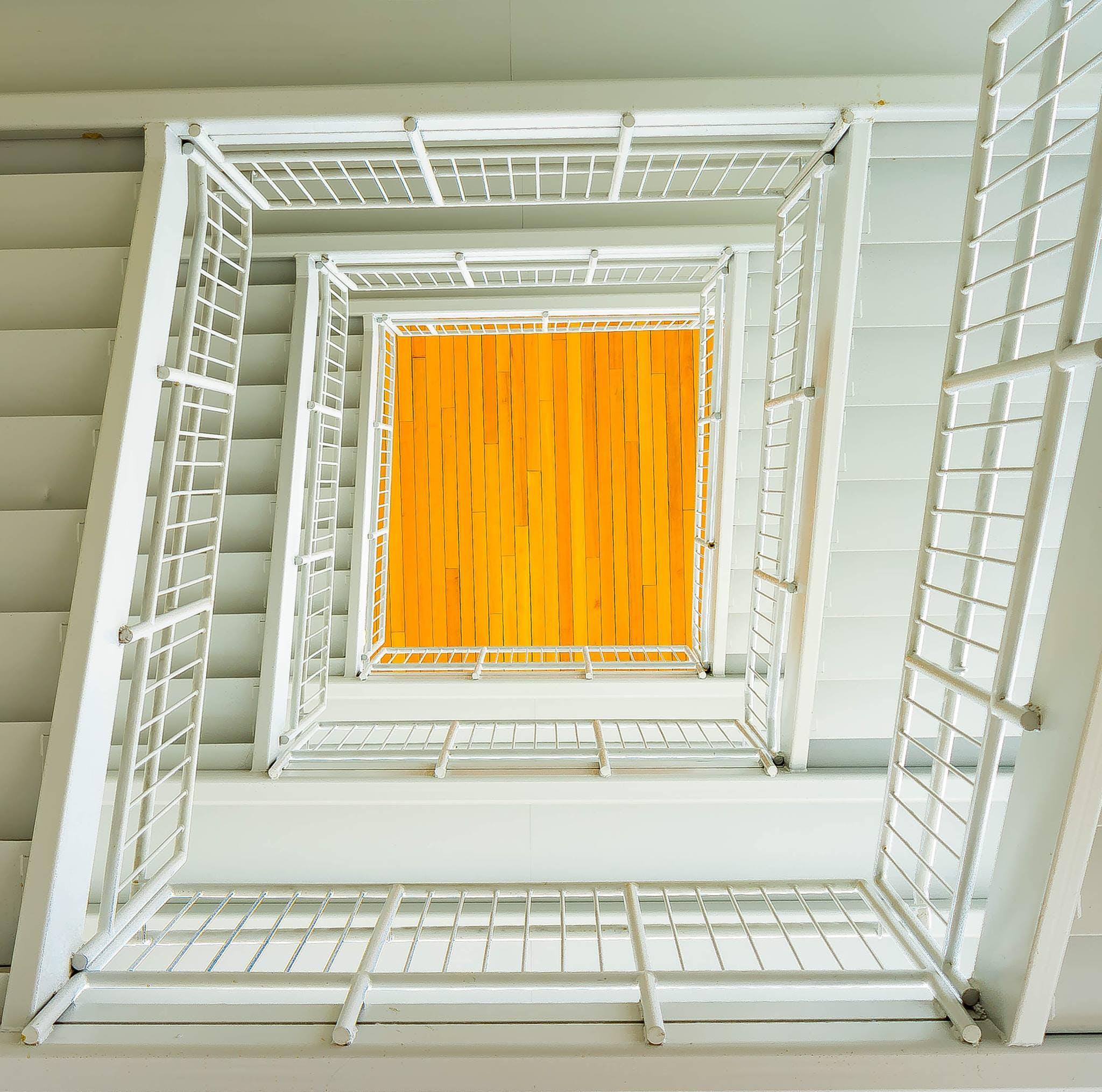 Безкоштовне стокове фото на тему «архітектура, Будівля, всередині, Деревина»