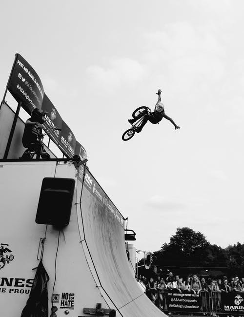 Photos gratuites de action, adulte, bmx, citadin