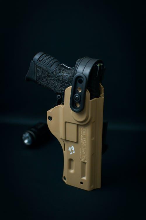 Gratis lagerfoto af lodret skud, nærbillede, Pistol