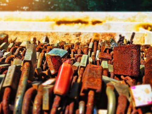 Gratis stockfoto met eiland middellandse zee, hangslot, hangsloten, liefdeshangslot