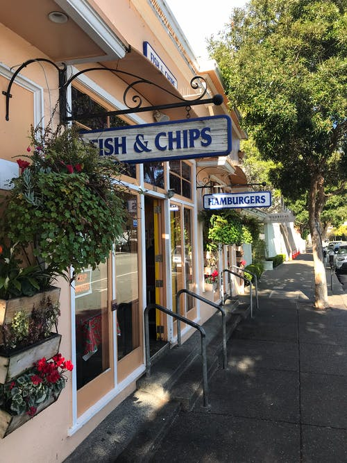 Foto profissional grátis de centro da cidade, compras, mercado de peixes, restaurante