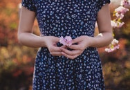 hands, woman, flowers