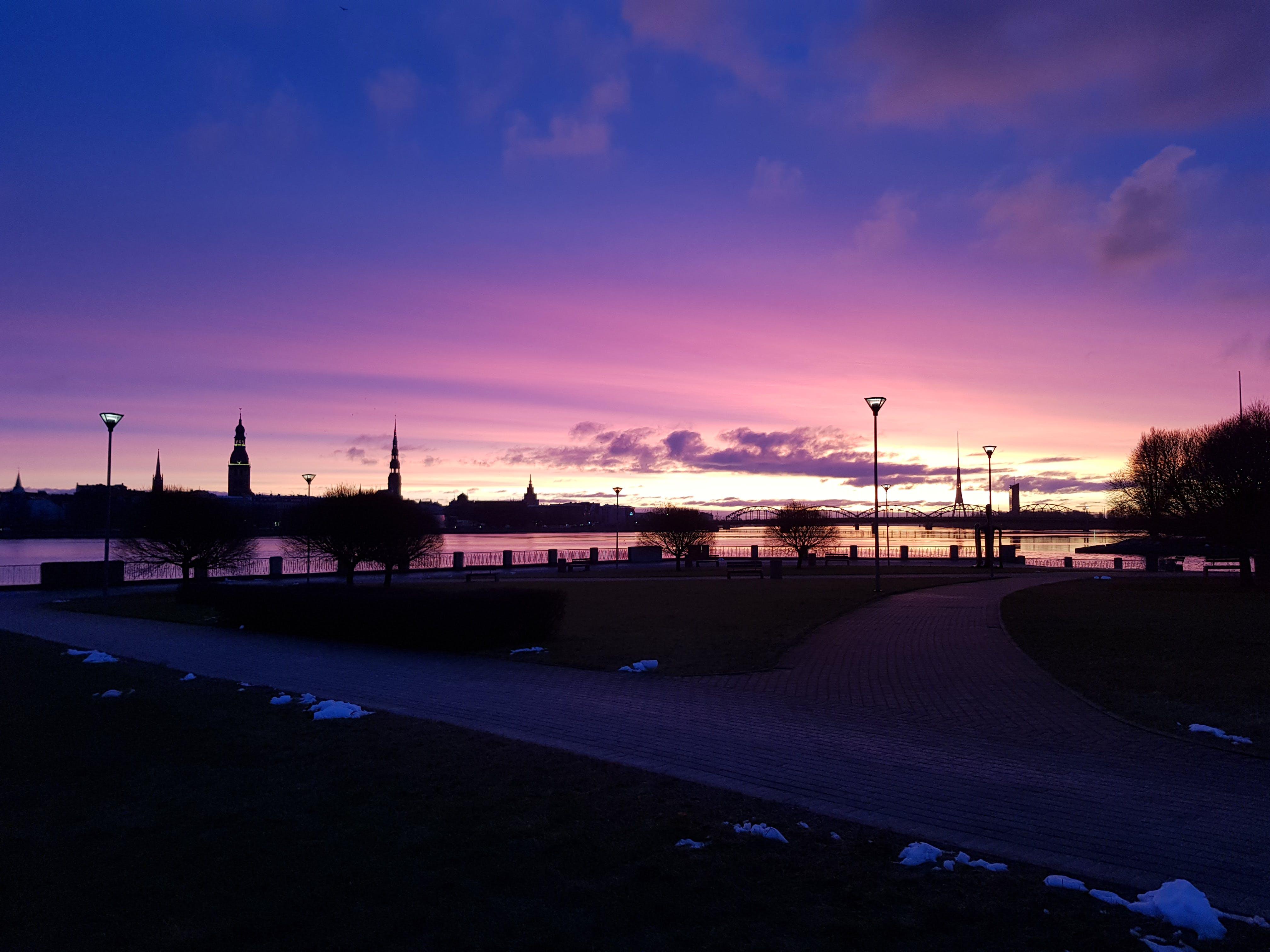 açık, akşam, bina, gökyüzü içeren Ücretsiz stok fotoğraf