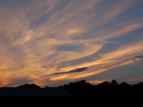 ささやく雲, 日没, 空, 雲の無料の写真素材