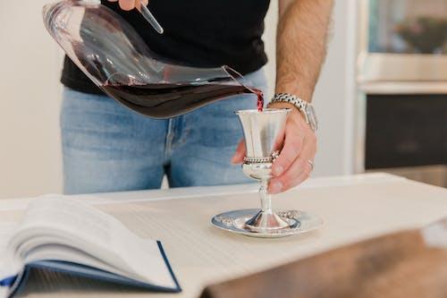 Бесплатное стоковое фото с в помещении, вино, досуг