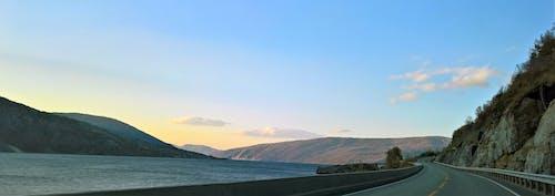 Kostnadsfri bild av berg, gryning, hav, havsstrand