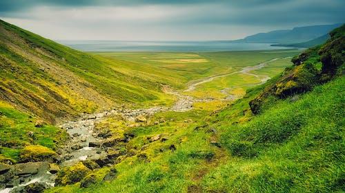 Безкоштовне стокове фото на тему «вода, гора, Долина»