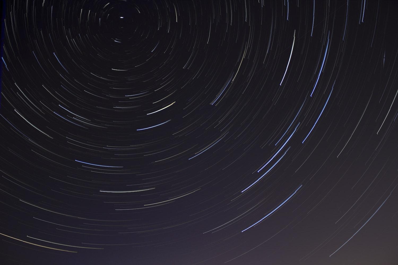 500+ amazing star trail photos · pexels · free stock photos