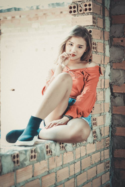 Kostenloses Stock Foto zu asiatin, asiatische frau, beine, fashion