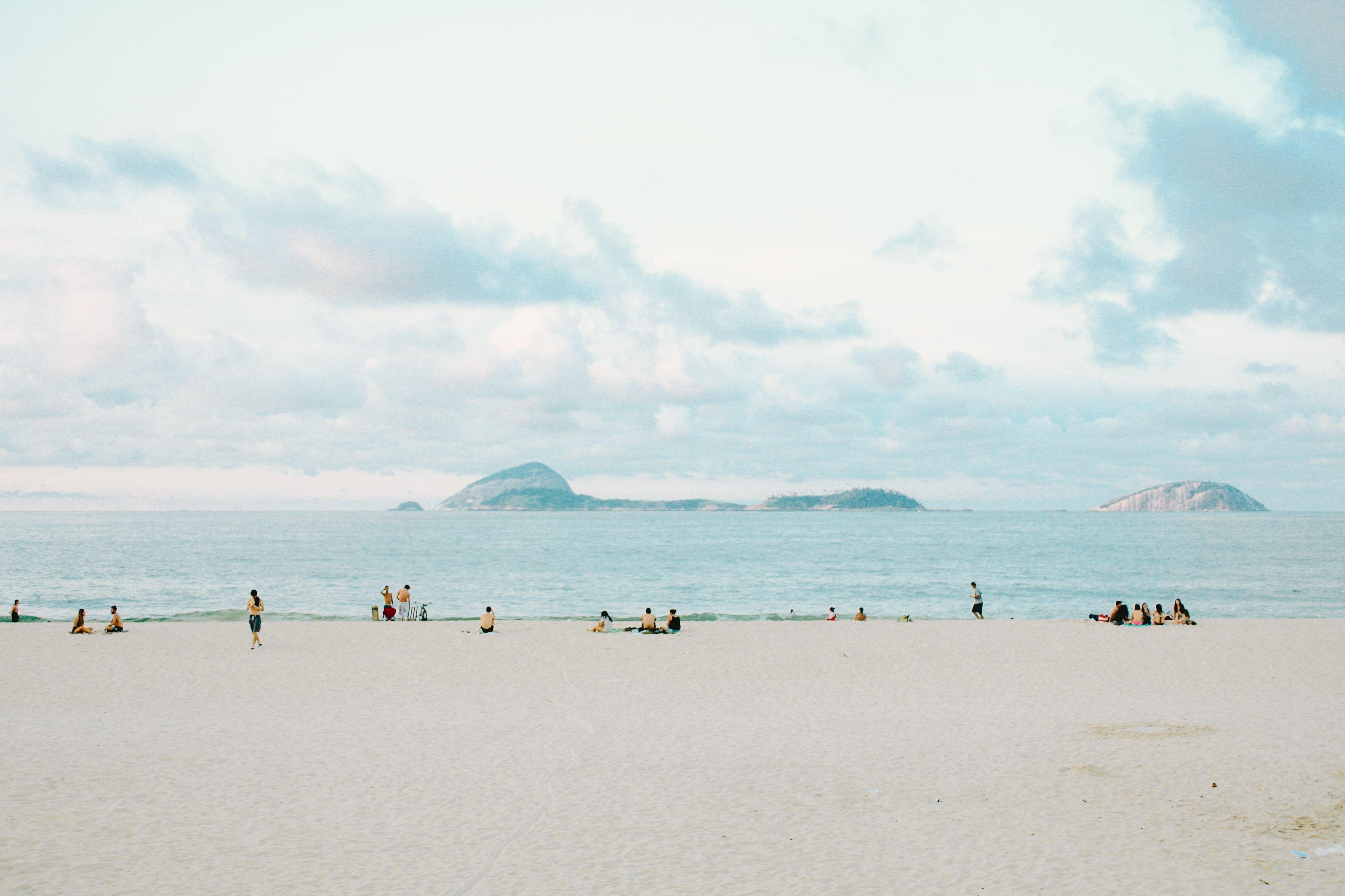 คลังภาพถ่ายฟรี ของ การพักผ่อนหย่อนใจ, คน, คลื่น, ชายทะเล
