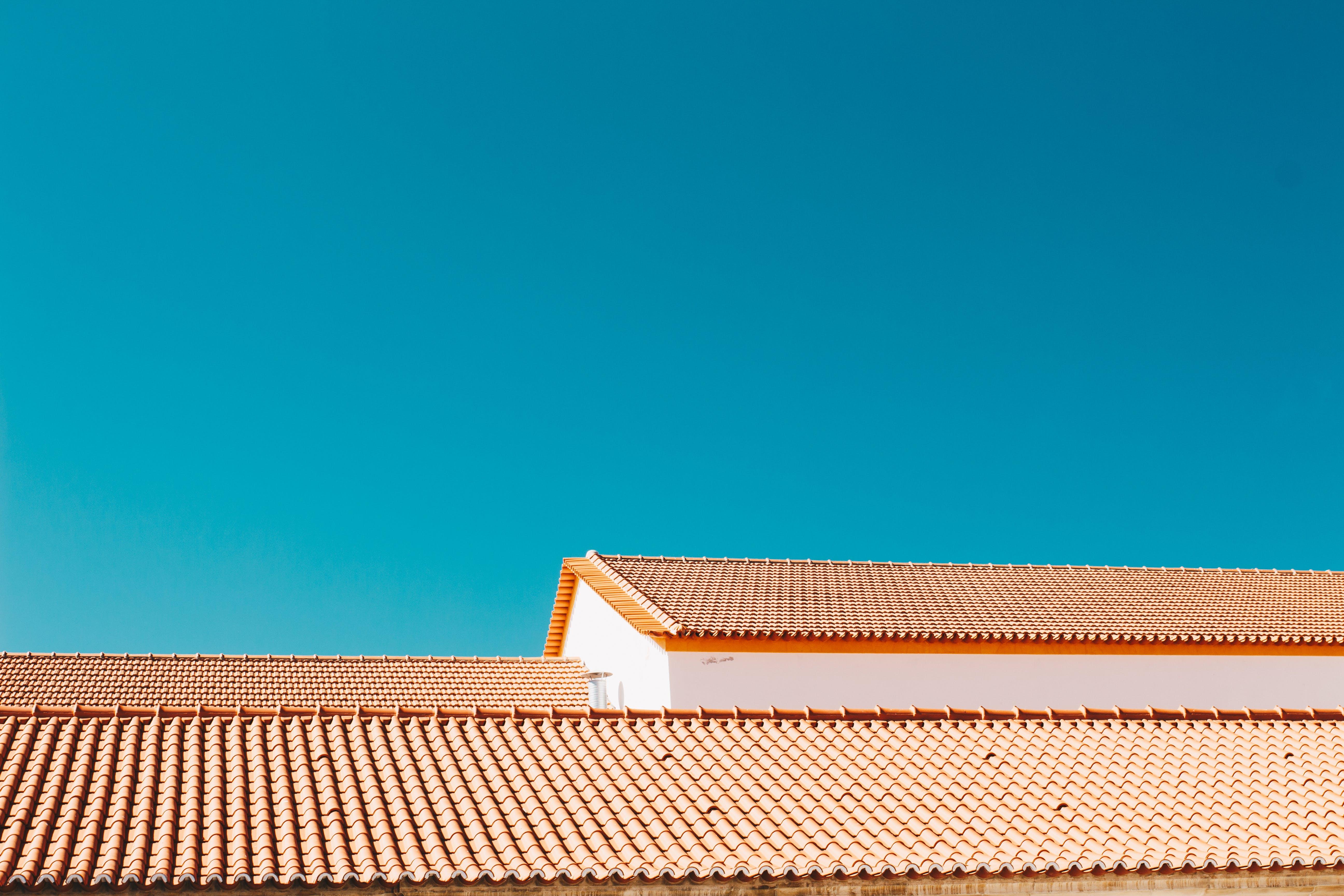 Foto d'estoc gratuïta de arquitectura, cel, cel blau, espai