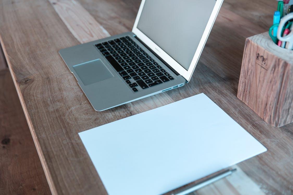 alat tulis, buku agenda, buku catatan