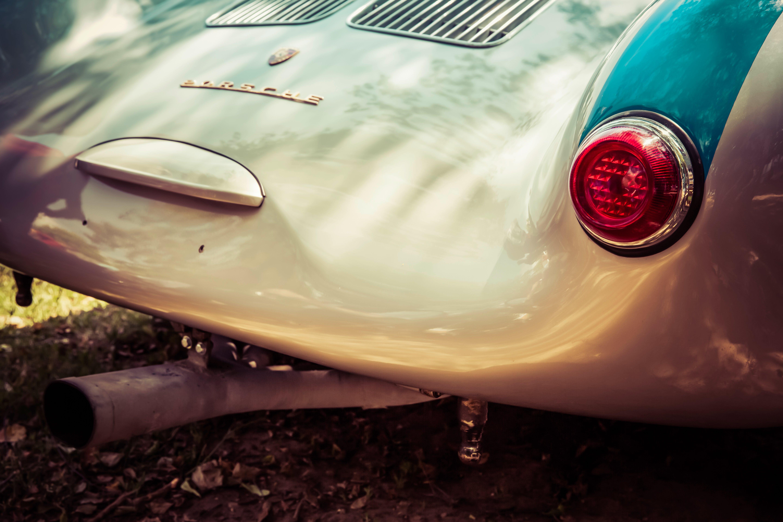 Silver Porsche Speedster